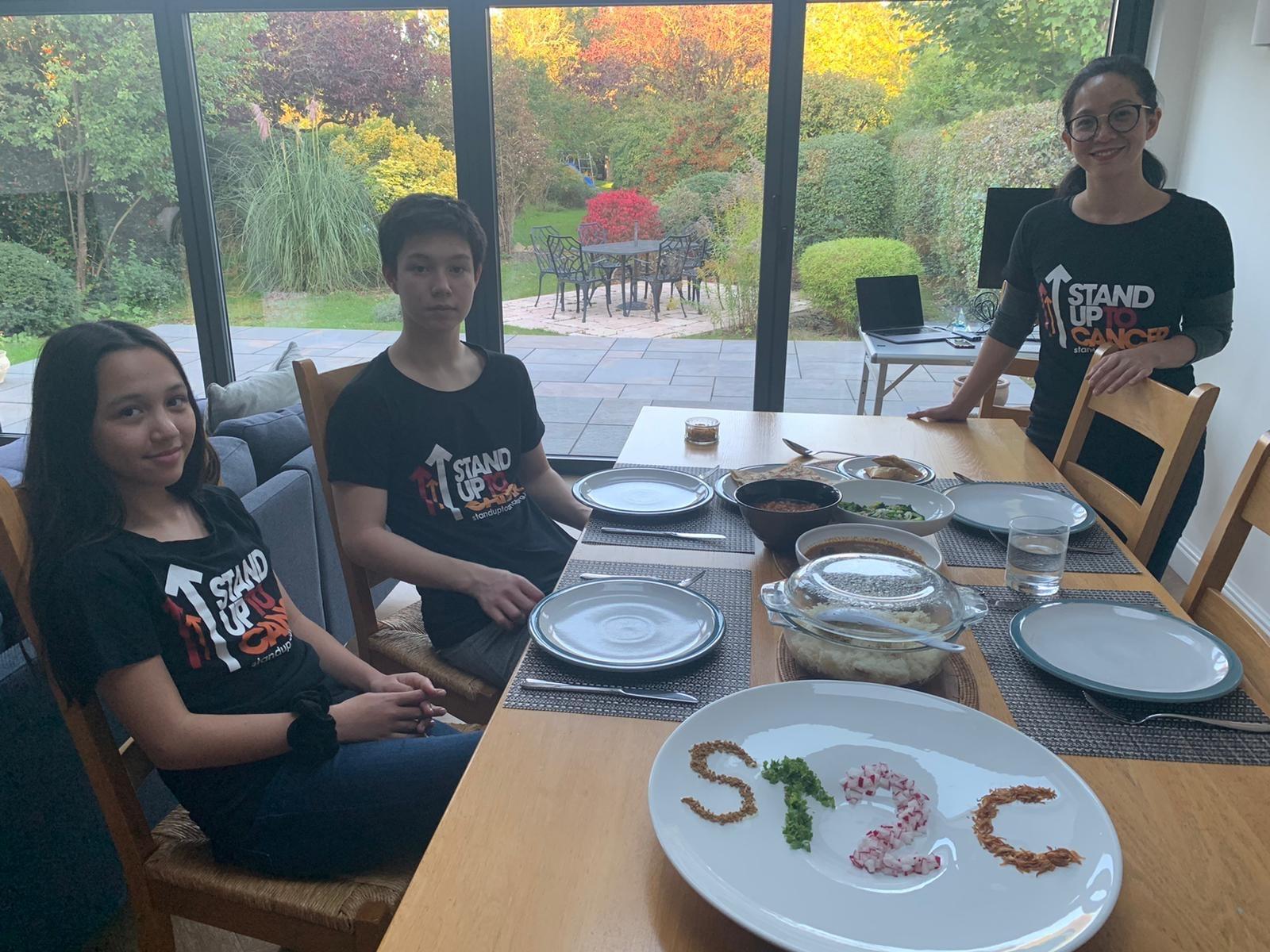 Neysa (12), Ariffin (16) and Serena Nik-Zainal